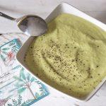 Crema fría de aguacate y manzana verde